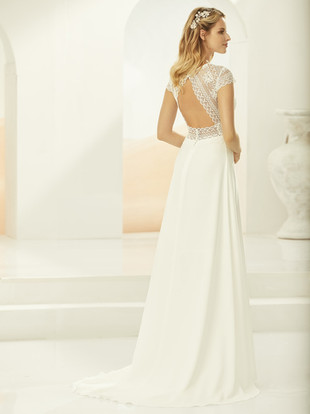KENDRA-Bianco-Evento-bridal-dress-2.jpg