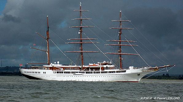 SEA-CLOUD-II  voilier croisières de luxe