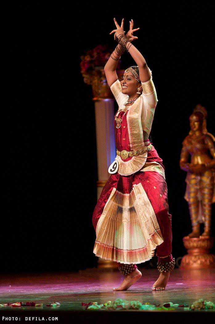 Performance Miss India France 2010