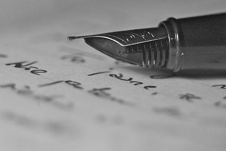writing-1245534.jpg