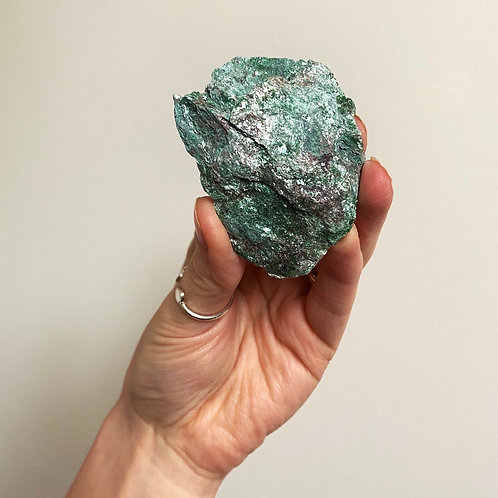 FUCHSITE   Spiritual connection & guidance. Heart & Soul Energy.