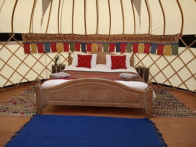 Yurt at Lower Coxbridge House.jpg