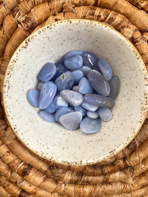 SMOOTH KYANITE - Tranquility - Harmony - Self Expression + Alignment