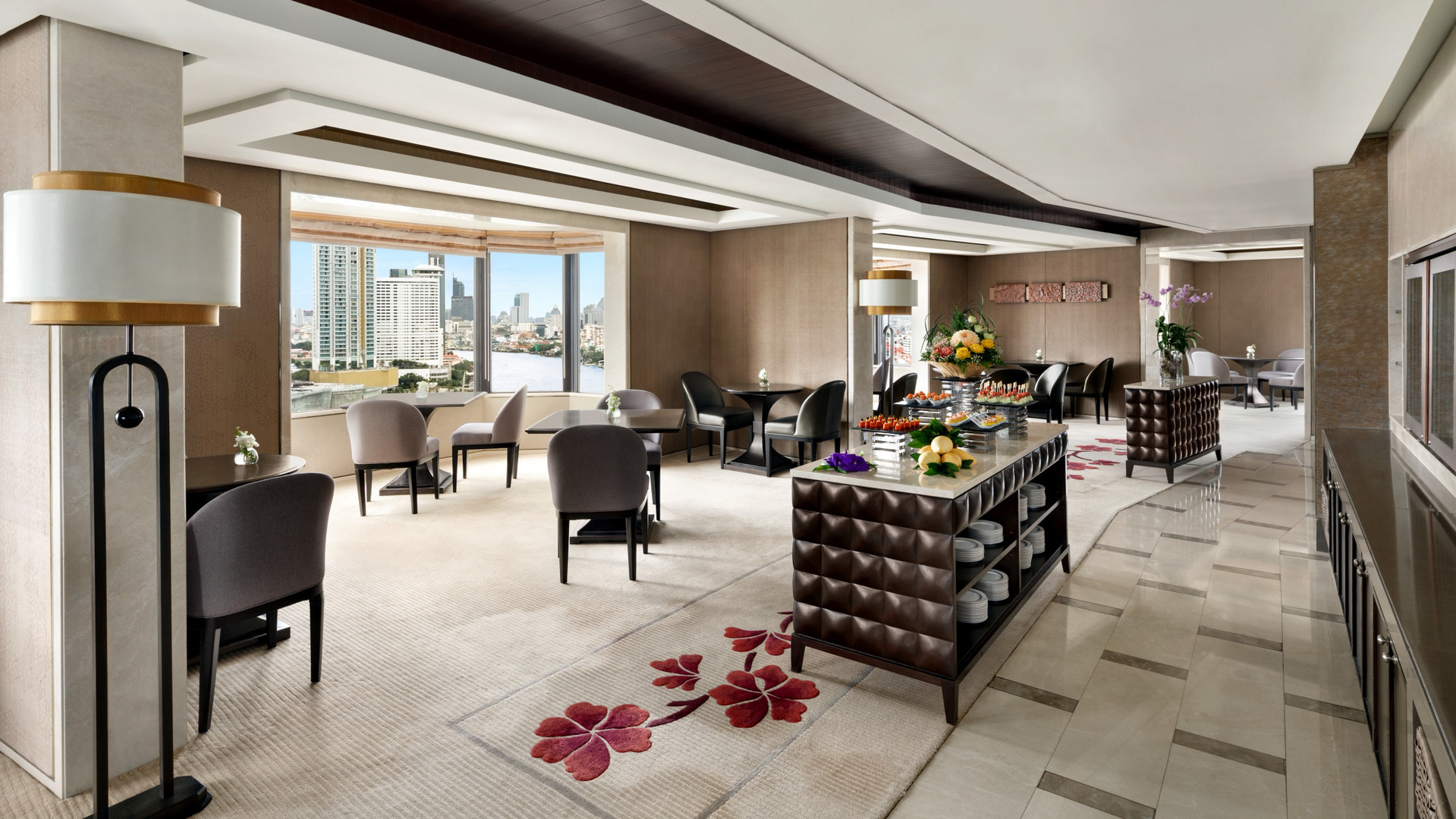 Club Lounge -DTC4F