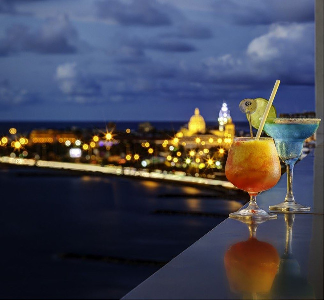 Cocktails at Cartagena