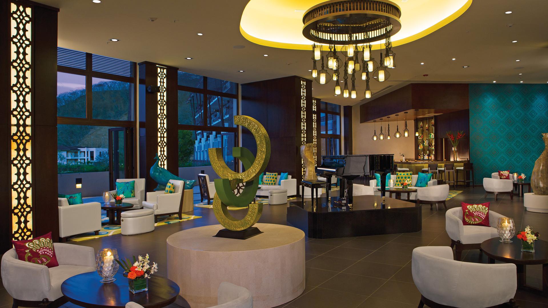 Lobby Bar DTC4F