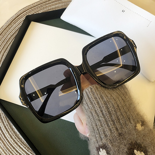 Enchanting Sunglasses With Case