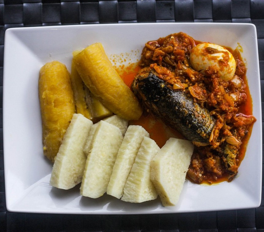 Boiled Yam or Plantain with Kontomire Stew