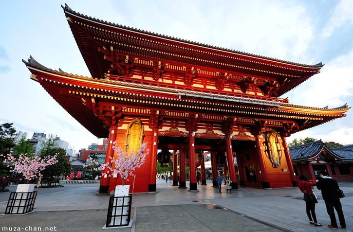 Senso-ji Temple DTC4F.jpg