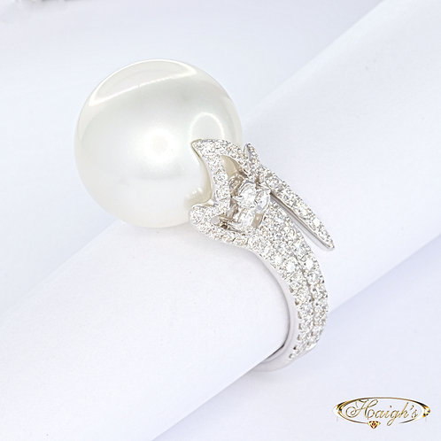 Autore Pearl & Diamond Ring