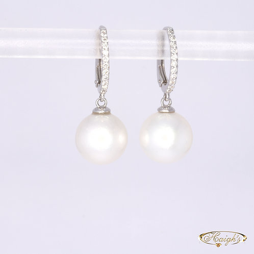 18kt White Gold Pearl & Diamond Earrings