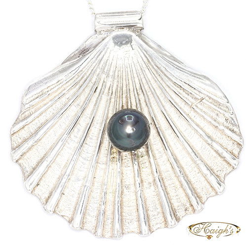 Silver Shell with Tahitian Pearl Pendant