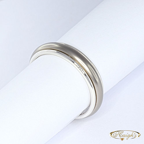 White Gold & Titanium Gents Wedding Ring