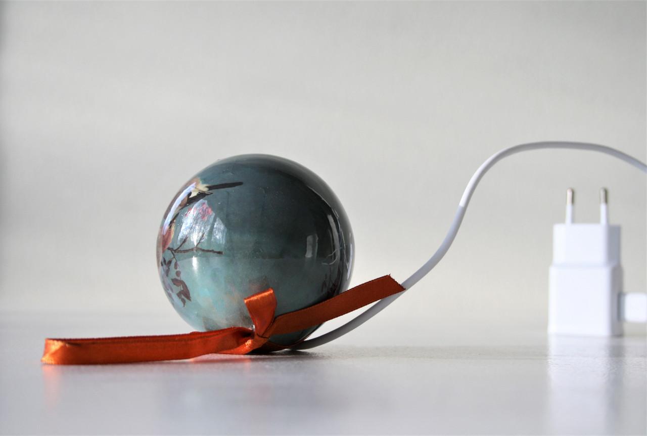 Christmas ball and mobile charger (2020)