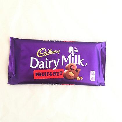 Cadbury 🇬🇧 Dairy Milk Fruit and Nut (200 gr)