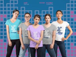 mockup-of-a-group-of-female-gamers-weari