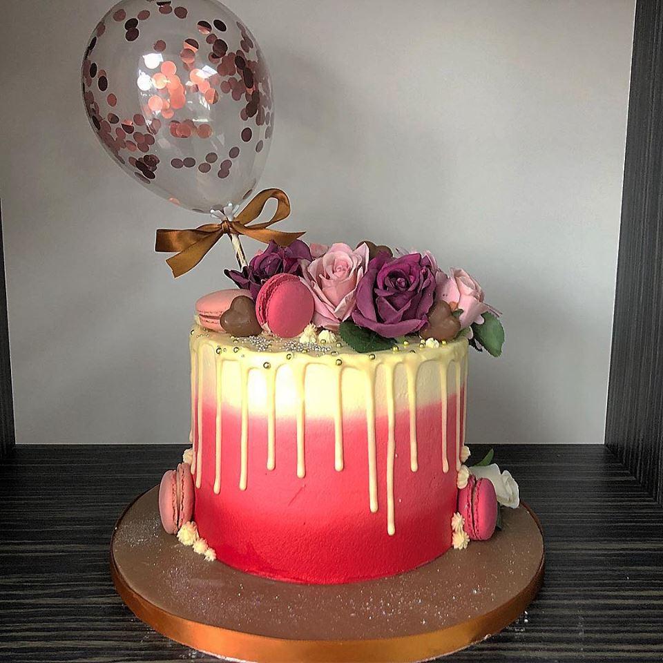 Balloon & roses