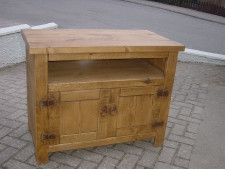 Plank Open 2 Door TV Unit