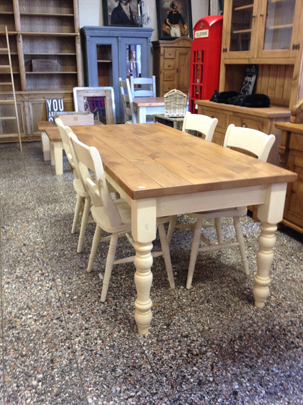 Farmhouse Table 72