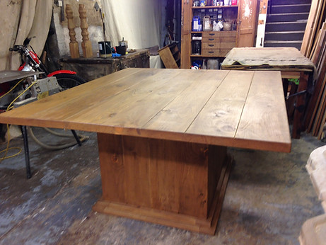 Bespoke Plank Pedestal Table