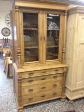 Dresser Antique