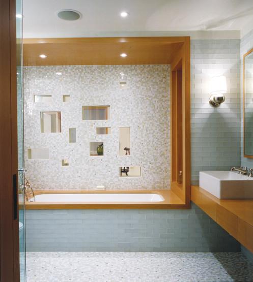 bathroom 1 cropped.jpg