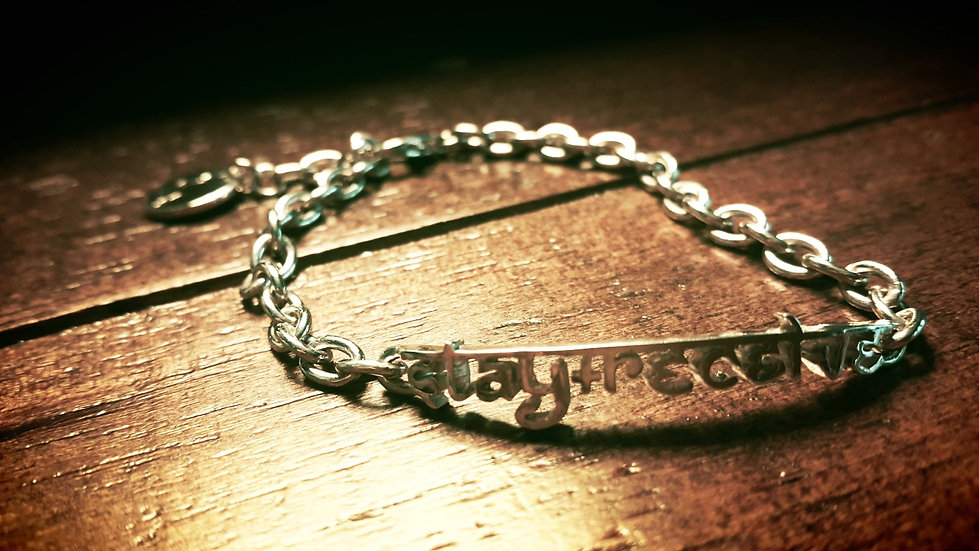 Stay + Receive chain-linked bracelet
