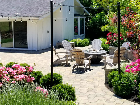 How this Yard Went From Drab to an Inviting Outdoor Entertaining Space