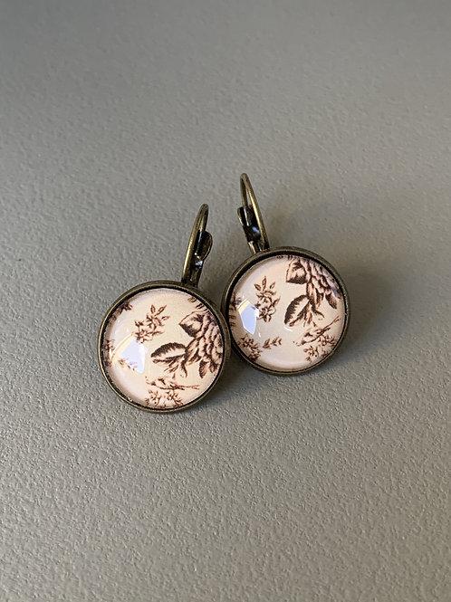 antique bezel earring