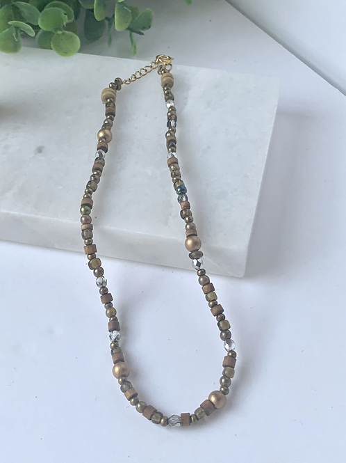 neutral beaded necklace