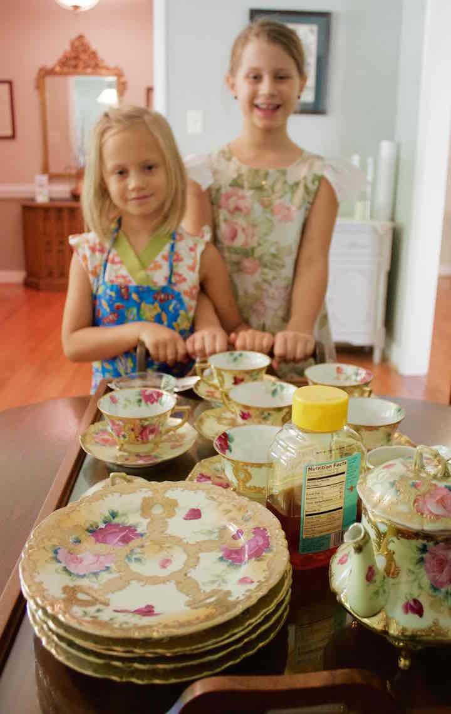 The Tea Sisters, Evie & Tallulah