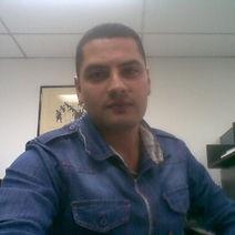 Victor Rojas.jpg