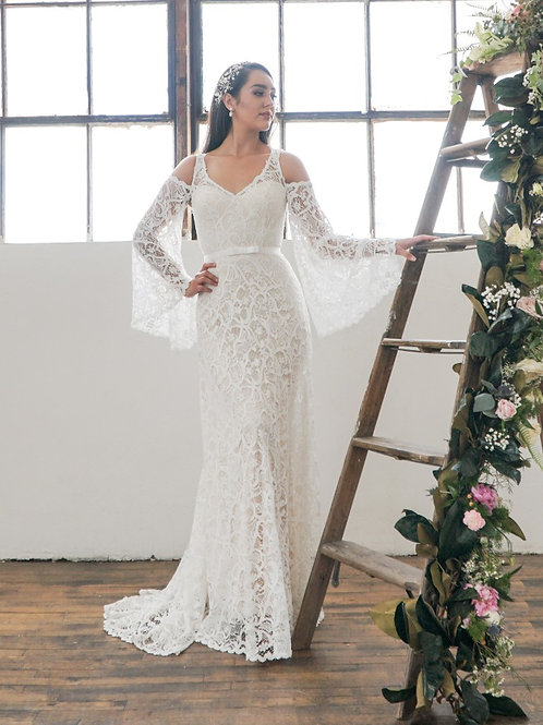 Gavina Set- Gown & Detachable Sleeves