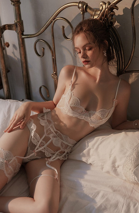 Set Lace Ultra Thin Bra and Panty Underwear Set