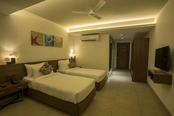 Classic / Deluxe Rooms
