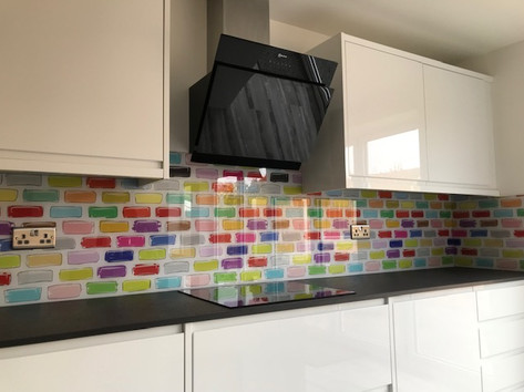 Coloured brick print splashback