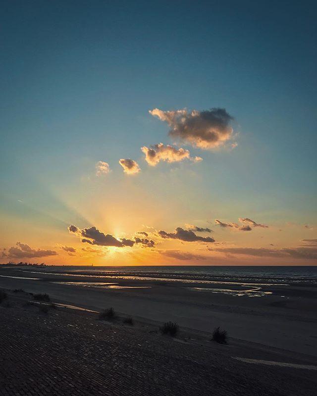 #sunset #leffrinckoucke 🇫🇷