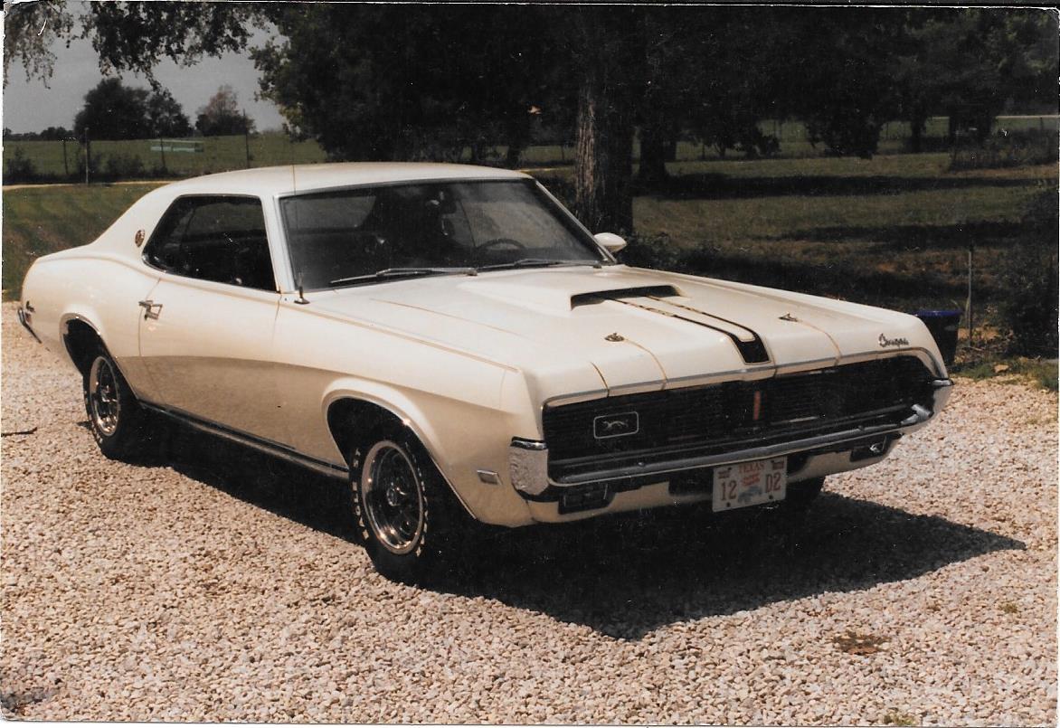 Marty Burke's 69 Cougar 428 XR7