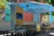 bidouiller, atelier mobile, diy, parasol, chariot, outils, itinérant, village nature, animation, rue