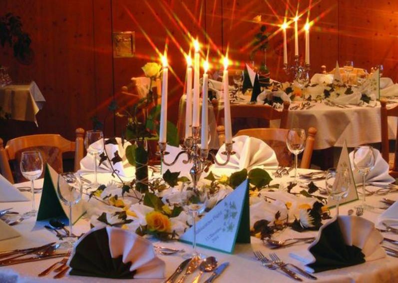 Lst auf Sachsen - Restaurant Forstmeister Bildquelle: http://www.forstmeister.de/schlemmen-entdecken/heiraten-familienfeste-geburtstag-jubilaeum-firmenfeiern-events-seminare/
