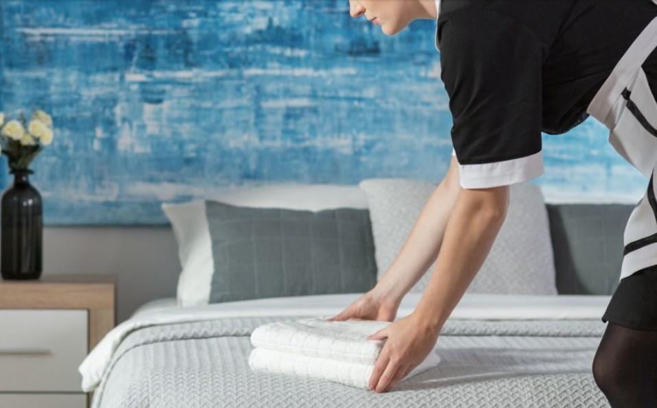 In knapp einem Monat können auch die Zimmermädchen in Österreich wieder ihren Dienst antreten. (© Katarzyna Bialasiewicz Photographee.eu/fotolia.com)
