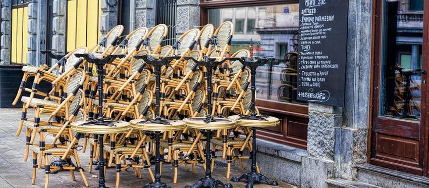 WEGEN CORONA - Brüssel: Cafés und Bars müssen erneut schließen