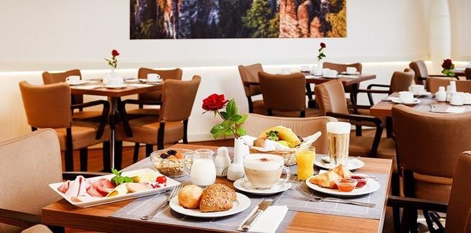 Restaurant Dresden - Restaurant Sandstein & Wein - Frühstück für 2 mit Elbblick