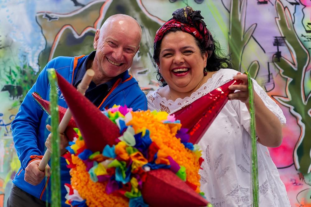 """Lust auf Sachsen - Maria Kordt, sie stammt aus Nicaragua, führt in Dresden den kleinen Laden """"El Mercadito"""" mit  Spezialitäten aus Mittelamerika und wird die Gäste der Reisemesse  in der Südamerika-Lounge im Erlweinsaal auch kulinarisch verwöhnen."""