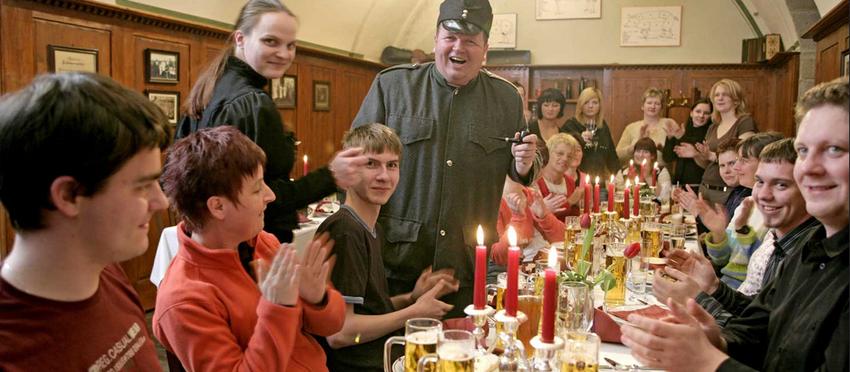 Zu Gast bei Schwejk - Humorvoller, lukullischer Schmaus beim braven Soldaten
