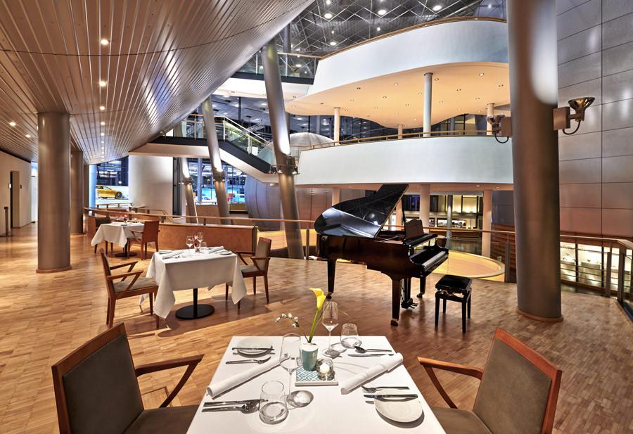 Gläserne Manufaktur von Volkswagen in Dresden mit Restaurant e-VITRUM by Mario Pattis jetzt auch kulinarisch elektrisierender denn je. - Foto: Roman Knie