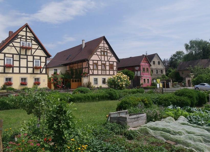 """was ist los in Dresden und Umgebung - Moderierte Weinwanderung 4 h - """"Altes Winzerdorf und idyllischer Winzerhof"""""""