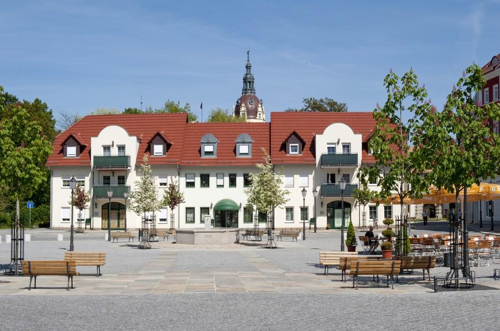 Bad Muskaus idyllischer Markplatz. Foto: Frank Höhler.