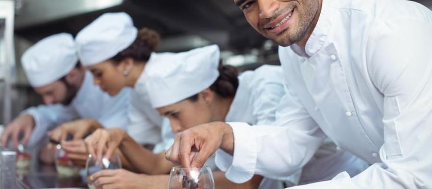 Fachkräftemangel - Werben um ausländische Arbeitskräfte