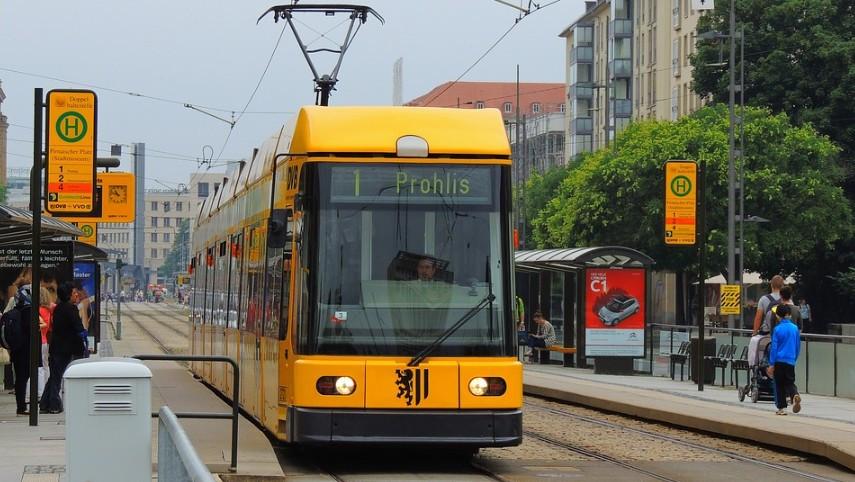 DVB: Keine Angst vor Bus und Bahn - Wagen werden täglich gereinigt und desinfiziert  Foto: Redaktion Lust auf Dresden
